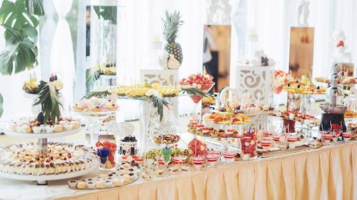 Idee golose per il buffet di dolci del tuo matrimonio